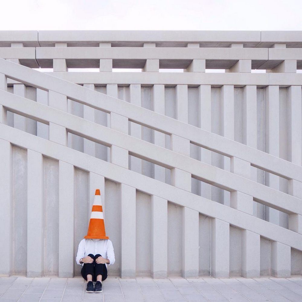 Дуэт фотографов путешествует по миру и снимает креативные архитектурные портреты  13