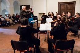 Najprej smo s flavtistko Anjo Colja izvedli Vivaldijev koncert za flavto in orkester.