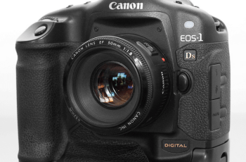 CANON EOS-1D Manual, The Manual of Canon's First Runner DSLR 1
