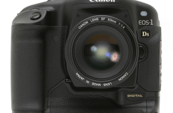 Canon EOS-1Ds User Guide, a Guidance to Canon's Strongly Weatherproof Camera 1