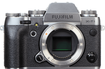 FUJIFILM X-T1 and X-T1 GraphiteSilver Manual and Specification Review 1