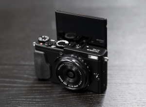 FUJIFILM X70 Camera Manual User Guide PDF