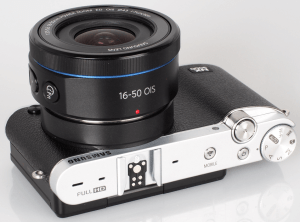Samsung NX3000 Manual for the Successor of NX Mini