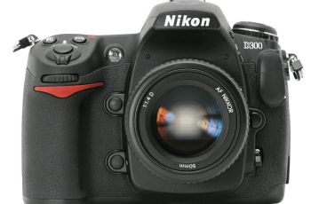 Nikon D300 Manual, More than Just a Manual of Ordinary DSLR Camera 1