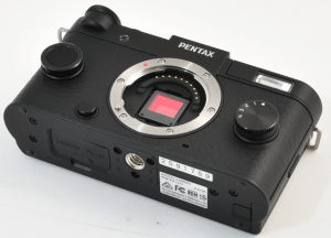 Pentax Q-S1 Manual for Pentax's Vivid Compact Camera with 40 Cases Selection