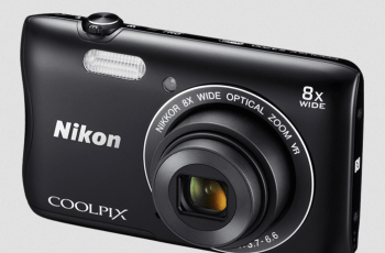 Nikon CoolPix S3700 Manual - camera front side