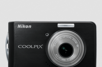 Nikon CoolPix S520 Manual - camera front side