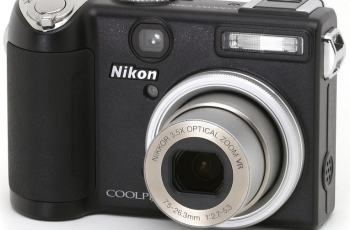 Nikon CoolPix P5000 Manual User Guide and Product Specification