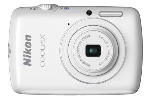 Nikon CoolPix S01 Manual-camera front face