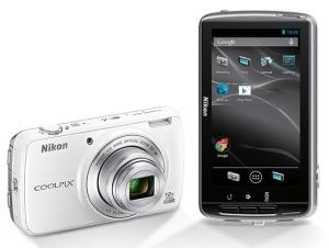 Nikon CoolPix S810c Manual-camera front and back side