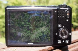 Nikon CoolPix S9100 Manual-camera back side