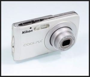 Nikon CoolPix S202 Manual User Guide and Product Specification