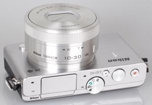 Nikon 1 J4 Manual - camera side