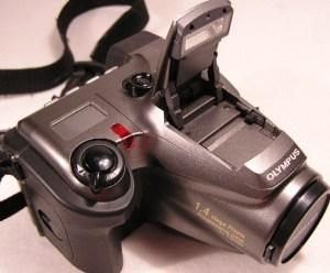 Olympus D-600L Manual - camera upside