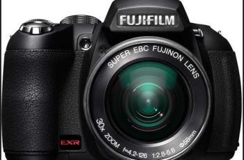 Fujifilm FinePix HS20EXR Manual-camera front face
