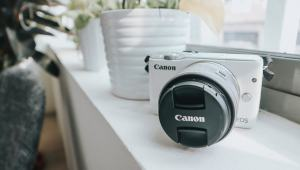 Canon EOS M10 Review for Canon's Super Compact Entry Level Mirrorless Camera