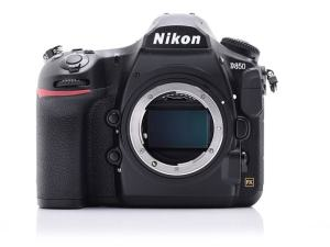 Nikon D850 Review; camera body only
