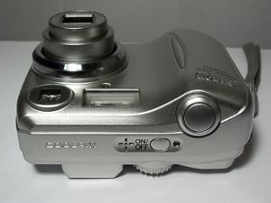 Nikon Coolpix 2200 Manual - camera side