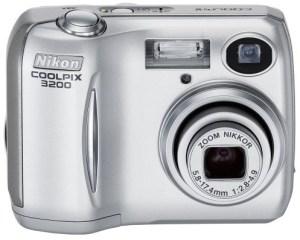 Nikon Coolpix 3200 Manual - camera front face
