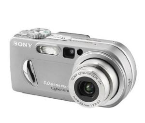 Sony DSC P10 Manual - camera front side