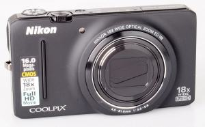 Nikon CoolPix S9200 Manual - camera front face