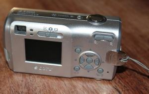 Sony DSC S40 Manual - camera rear side