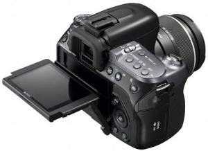 Sony DSLR A550L Manual - camera top plate with LCD Flipped