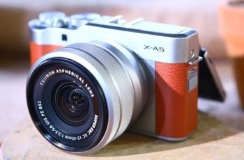 Fujifilm X-A5 Feature: Simple Disgn For Traveler, Selfie and Vloger 1
