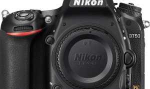 The best autofocus DSLR  :  Nikon D750