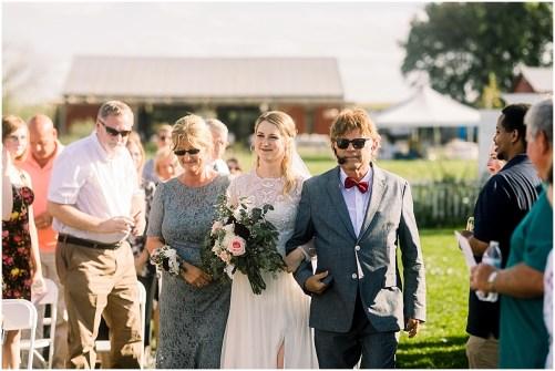 Terra Nue Farm Off beat bride non-traditional outdoor hipster wedding_0087