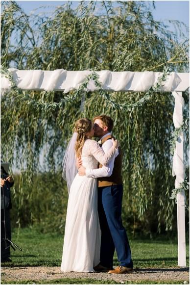Terra Nue Farm Off beat bride non-traditional outdoor hipster wedding_0100