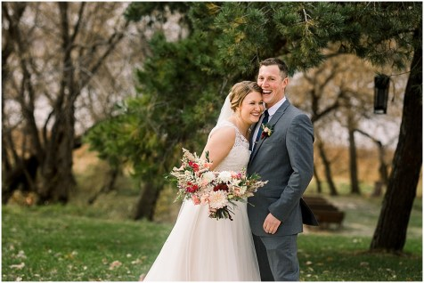 Gathered Oaks Barn Fall Wedding_0045