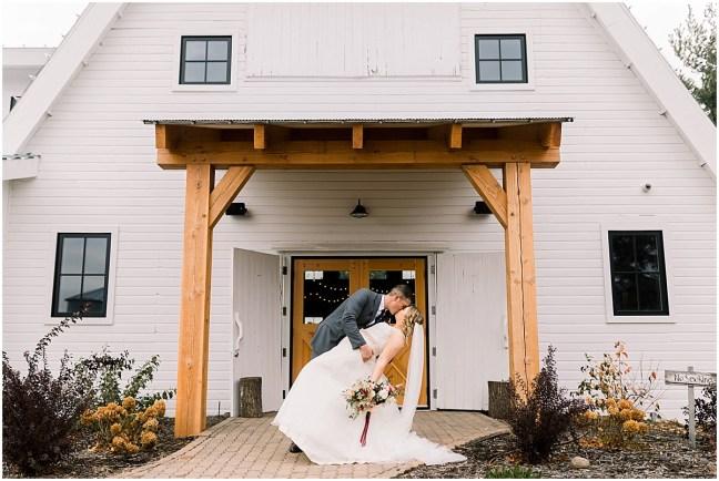 Gathered Oaks Barn Fall Wedding_0072