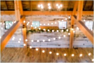 Gathered Oaks Barn Fall Wedding_0124