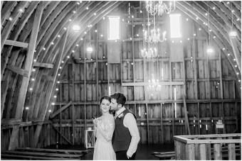 Minneapolis Minnesota Wedding and Engagement Photographer for the Joyful_0080