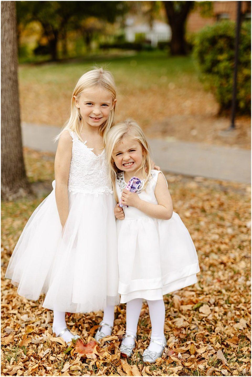 flower girls outdoor wedding