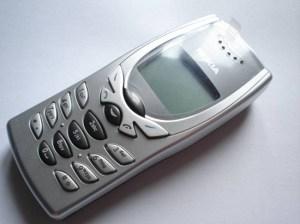 cellphone-nokia-8250-(2001)