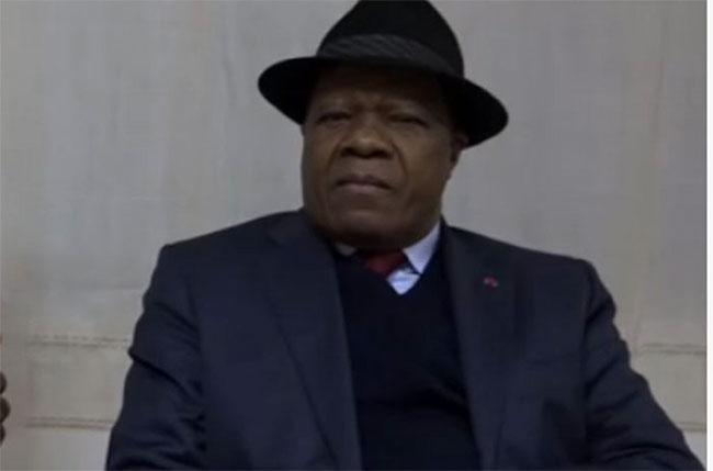 """""""Révolution des Abeilles"""" au Cameroun : L'Ambassadeur Awono Essama en Italie ferme les portes le… 22 septembre !"""