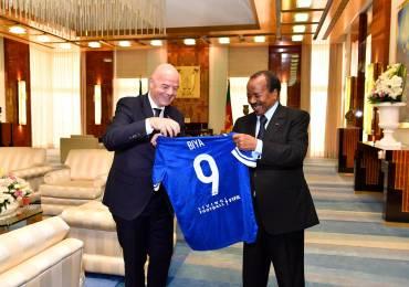 Cameroun : Paul Biya reçoit le président de la FIFA