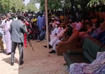 Cameroun : De retour de prison, Mamadou Mota (1er Vice-pdt du MRC) remet Cavaye Yeguie à sa place lors d'un méga meeting à Tokombéré