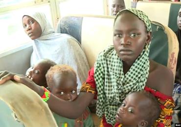Le Cameroun rapatrie les anciens combattants nigérians et les membres de leurs familles