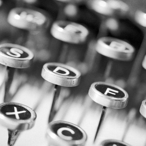 Écrire un roman : au passé ou au présent ?