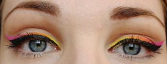 Makeup_liner_multichrome_6
