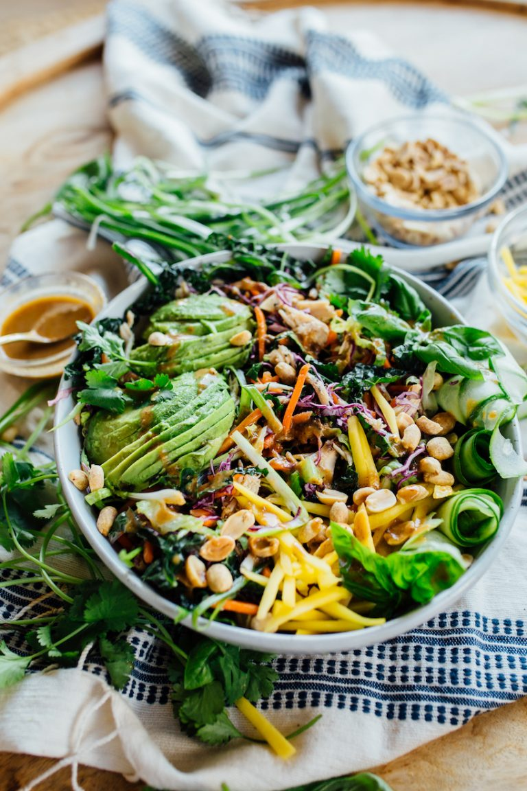 Thai Chicken Salad with Spicy Peanut Sauce - my go-to easy dinner recipe this summer!