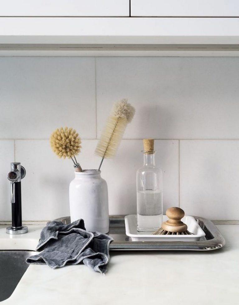 kitchen sink, dishes