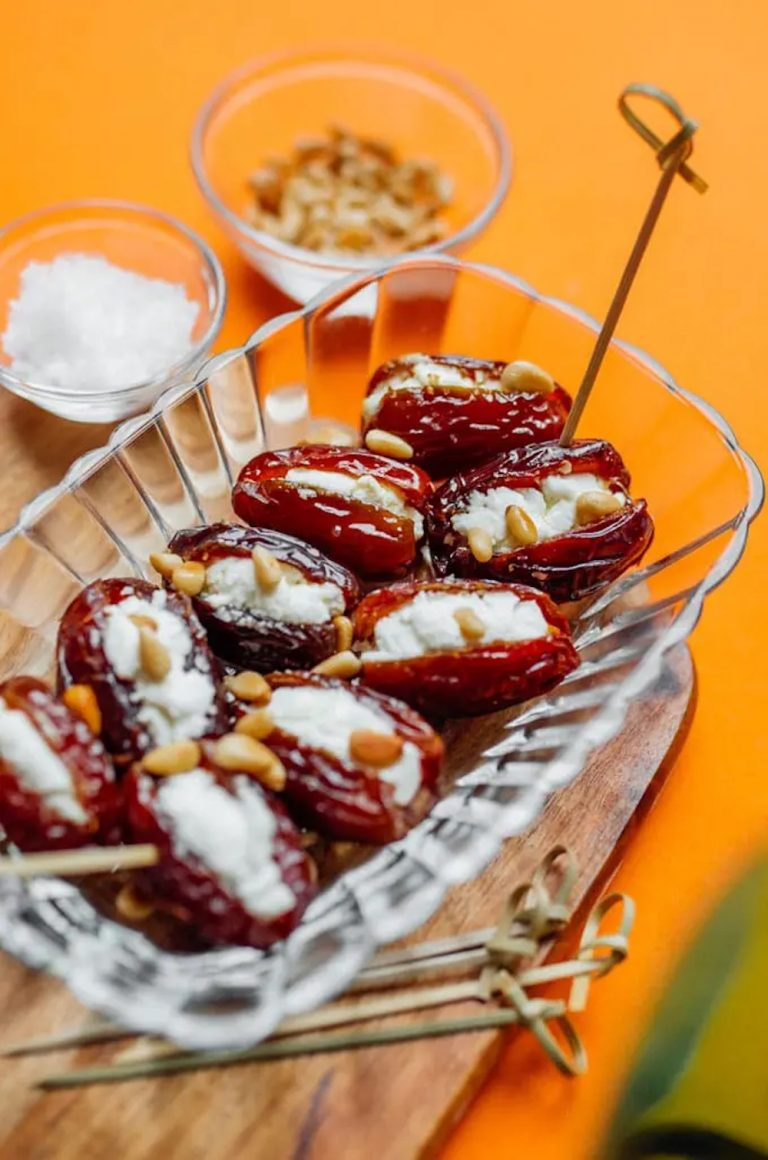 oasted-goat-cheese-stuffed-grapes