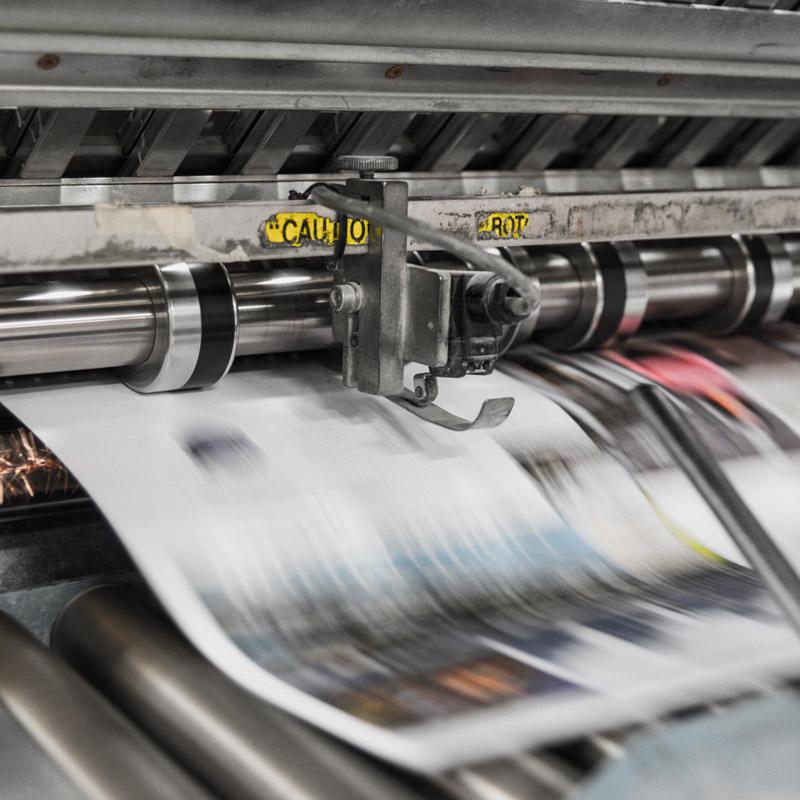 graphiste print trac plaquette commerciale