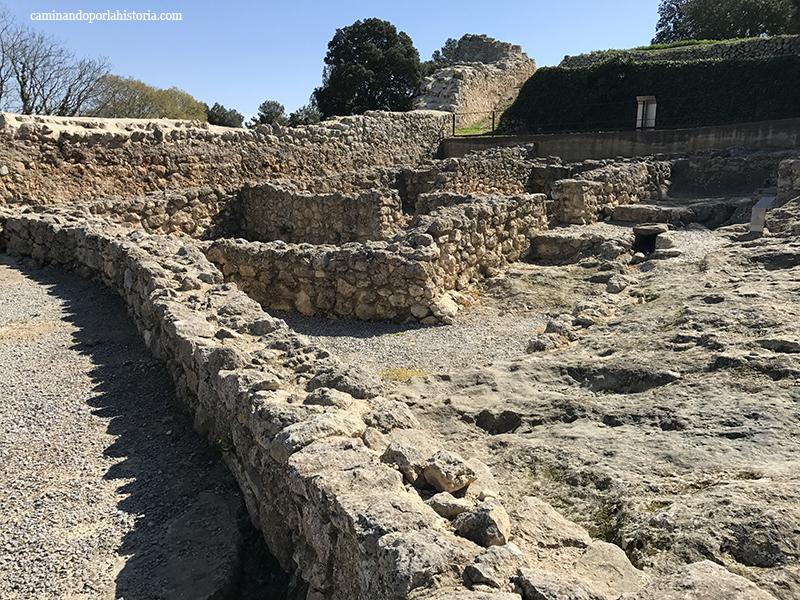 El yacimiento arqueológico de la montaña de Olerdola en Barcelona