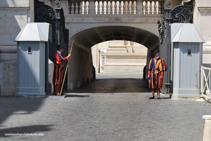 La guardia Suiza, cinco curiosidades