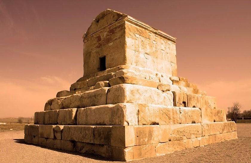 Tumba de Ciro II en Pasagarda